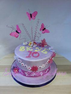 Mini cake for Skye