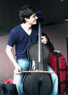 Mitch Lyon, Cellist - Carbon Fiber Cello