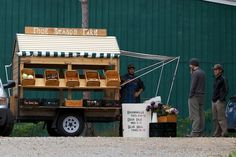 a Fresh Vegetable Cart that helps the frmer get his produce to the Farmers Market.