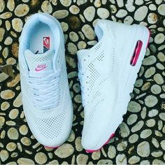 Ready Nike Air max  Ladies Size 37-40 Idr 275.000 nett Made In Vietnam Include Box open user & Reseller  contact person : Pin   5CD205EE Wa   081351724865 Line   MYFISHERSHOES  Cara order : Kirim gambar ke contact…