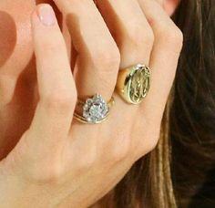 Signet ring, Miranda Kerr