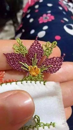 This Pin was discovered by Lal Needle Tatting, Needle Lace, Crochet Earrings Pattern, Crochet Patterns, Free Crochet, Crochet Hats, Point Lace, Passementerie, Lace Making
