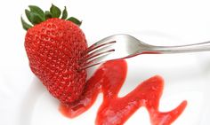 STRAWBERRY-BLUEBERRY COULIS SOUS VIDE - Looking for something to satisfy your sweet tooth? Why not try this easy peasy lemon squeezy summer fruit coulis – great if you're wondering what to do with any over ripe fruit too!