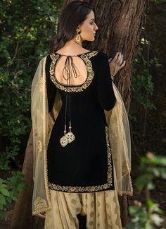 Black and Gold Velvet Punjabi Suit - Lashkaraa Punjabi Suit Neck Designs, Patiala Suit Designs, Neck Designs For Suits, Kurta Neck Design, Sleeves Designs For Dresses, Salwar Designs, Dress Neck Designs, Kurta Designs Women, Stylish Dress Designs