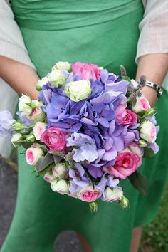 Hydrangea and rose bridesmaid bouquet. #ammiflowers #weddingflowers #bridesmaidflowers #hydrangea