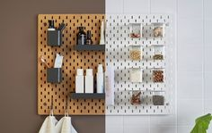 Peg board from Ikea is great for a bathroom! Extra organized space is always great. White Pegboard, Ikea Pegboard, Kitchen Pegboard, Hang Pegboard, Kitchen Shelves, Home Design, Interior Design, Camper Interior, Diy Regal