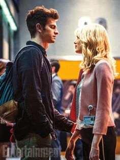 Peter Parker Andrew Garfield And Gwen Stacy Emma Stone