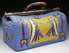 RARE SIOUX INDIAN BEADED DOCTOR'S BAG.