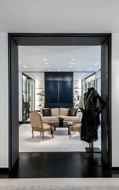8e44677e2b09 Architect Peter Marino on his new Chanel