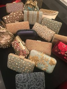 Shimmer Dhaka purses and clutches ready for wedding season! Bridal Clutch, Wedding Clutch, Best Handbags, Purses And Handbags, Wedding Gift Baskets, Embroidery Purse, Best Leather Wallet, Vintage Purses, Designer Clutch