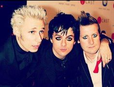 :3 Emo Bands, Music Bands, Green Day American Idiot, Billie Joe Armstrong, Fall Out Boy, Fan Girl, My Chemical Romance, Gd, Artists