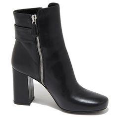 6047N tronchetto PRADA stivaletti donna boots women nero [35] in OFFERTA su www.kellieshop.com Scarpe, borse, accessori, intimo, gioielli e molto altro.. scopri migliaia di articoli firmati con prezzi in SALDO #kellieshop Seguici su Facebook > https://www.facebook.com/pages/Kellie-Shop/332713936876989