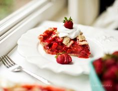 Vegan Strawberry-Peach Pie + Coconut Whip. (Nelly Update too.)