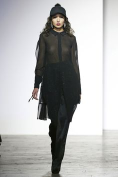 George Pantsulaia Tbilisi Fall 2016 Fashion Show Fall Fashion 2016, Fashion Show, Fashion History, Fall 2016, Fashion Beauty, Runway, Dressing, Vogue, Outfits