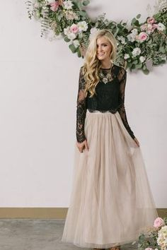 Hello gorgeous! We've been searching for the perfect tulle maxi skirt and this definitely it! This comfortable and versatile tulle maxi skirt comes in a classic shade of beige. Wear it casual or dress