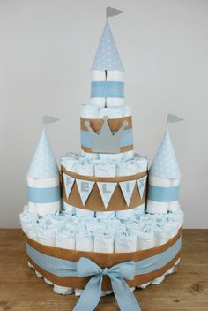 faire-un-gâteau-de-couches-idées-créatives-comment-organiser-une-baby-shower-garçon