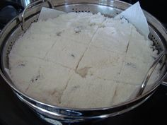 homemade korean rice cake. My favorite. Great tip about cutting the cake before steaming.
