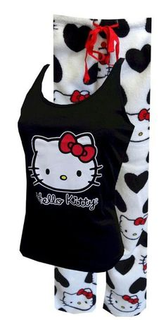 Hello Kitty Love That Kitty Plush Pajama Set Simply adorable pajamas! These tops and bottoms for women feature classic Hello Kitty in red, white, and black. Hello Kitty Rooms, Hello Kitty House, Hello Kitty Clothes, Casual Cosplay, Hallo Kitty, Hello Kitty Merchandise, Cute Pjs, Hello Kitty Collection, Hello Kitty Wallpaper