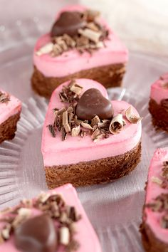 Goodness Sake, What To Sell, Valentines Day Desserts, Easy Desserts, Cheesecake, Things To Sell, Baking, Recipes, Store