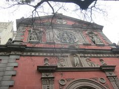 Iglesia de Las Calatravas. Madrid by voces, via Flickr