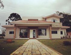 THAIS GREI Facade House, Wood Doors, Entrance, Mansions, House Styles, Home Decor, Houses, Studio, Instagram