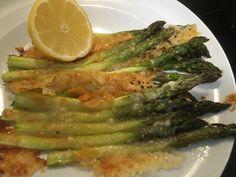 Asperges au four (sans gluten) Sans Gluten, Four, Asparagus, Vegetables, Eat, Studs, Veggies, Vegetable Recipes