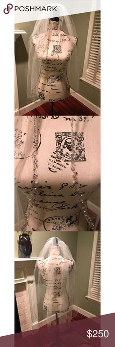 Gorgeous Rhinestone Bridal Veil This gorgeous rhinestone veil was only worn for the ceremony! Excellent condition!! The detail is beautiful and classic! Smoke free home  Accessories