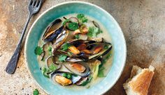Serves 2 as a main course or 4 as a starterIngredients *1 kg fresh mussels *20g unsalted butter *2 tbsp olive oil