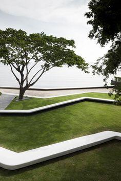 Baan San Kraam Sales Office / Somdoon Architects | ArchDaily