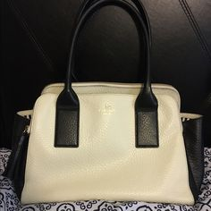 Kate Spade Southport Avenue Lydia Purse Bought in August, in perfect condition kate spade Bags Totes
