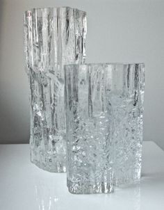Catawiki Online-Auktionshaus: Tapio Wirkkala (iittala) - Two vases: Pinus and Avena Crystal Design, Glass Design, Design Art, Nordic Design, Scandinavian Design, Alvar Aalto Vase, Nordic Interior, Vintage Vases, Glass Ceramic