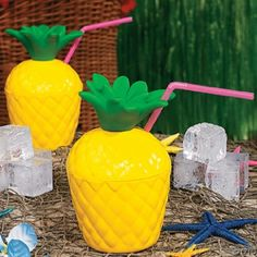 Plastic Pineapple Cups