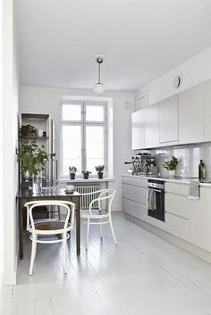 More pics from the stylish home of Joanna Laaijisto   NordicDesign