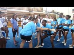 Pyramid part 1Cute idea for inner flyers for pyramid. Have them drop to one leg and centre flyers grabs leg before going up.lvl2