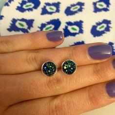 Ocean Blue Iridescent Druzy Earrings 8mm by OnlyYoursJewelry