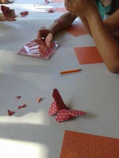 Taller de papiroflexia para niños. Verano 2015. Facebook: lanatalan