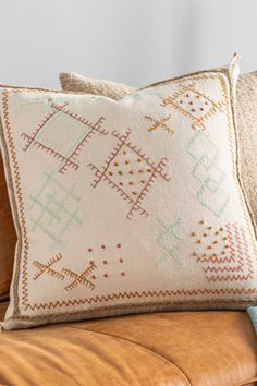 Made from Cotton, the Sambramba Hand-Embroidered Pillow by Surya is the perfect accent pillow. A throw pillow for lounge chairs, sofas, or bed. Modern Pillows, Pillow Room, Lounge Chairs, Embroidery Patterns, Sofas, Pillow Covers, Embroidered Pillows, Throw Pillows, Reference Images
