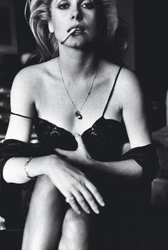 Catherine Deneuve, 1976