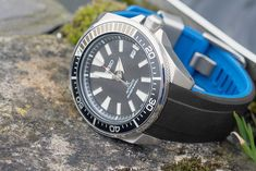 Seiko Samurai awesome looking watch for the pennies and looking amazing on the Crafter Blue curve ended strap #awesomebeater thewatchobsession#savetheocean #srpb #Prospex #seiko #seikoprospex #seikoturtle #seikowatches #seikowatch #divewatch #wis #wus #wruw #womw #watchs #watches #watchesofinstagram #watchoftheday #watchporn #watchphotography #watchfam #watchaddict #watchgeek #watchlover #horology #dailywatch #thewatchobsession #aberystwyth Seiko Samurai, Seiko Diver, Watches Photography, Rubber Watches, Ideal Fit, Seiko Watches, Black And Navy, Watch Straps, Mens Fashion