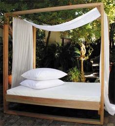 Diy outdoor cabana canopies ideas for 2019 Outdoor Cabana, Outdoor Daybed, Outdoor Lounge, Outdoor Rooms, Outdoor Living, Outdoor Decor, Patio Daybed, Diy Lit, Diy Daybed
