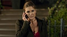 Paige Turco As the Mysterious Zoe Morgan On CBS' Person Of Interest