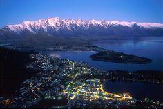 Uma das mais belas paisagens da Oceania: Queenstown  é considerada o paraíso dos esportes radicais