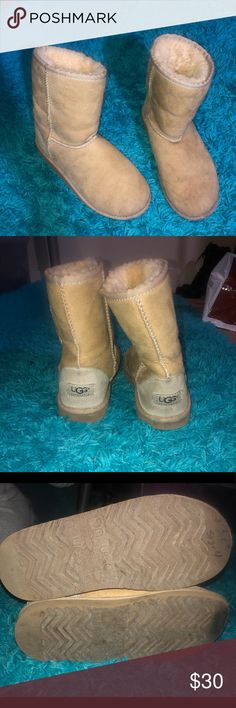 Short Ugg Boots Super comfy and soft tan short Ugg Australia boots; SIZE 4 (posh doesn't have a size 4 option); fluffy inner layer; super cute to roll over and make fluffy ankle boots!; slight ware, as shown in photos, but otherwise great condition! UGG Shoes Winter & Rain Boots