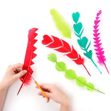 Trimming Turkey Feathers : Working with Feathers : Tips and Techniques from The Feather Place. Visit our DIY Arts & Crafts Gallery or Shop Feathers: Feather Headpiece, Feather Hat, Crafts For Boys, Diy Arts And Crafts, Zealand Tattoo, Turkey Feathers, Feather Crafts, Feather Painting, Butterfly Crafts