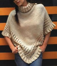 como-tejer-un-poncho-lana. Poncho Lana, Poncho Shawl, Poncho Sweater, Poncho Crochet, Knitted Shawls, Shawls And Wraps, Crochet Clothes, Knitting Patterns, Instructions