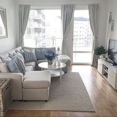 Ideas para aprovechar al máximo una sala pequeña http://comoorganizarlacasa.com/ideas-aprovechar-al-maximo-una-sala-pequena/ #comodecorarlasala #decortips #Decoraciondesalas #Homedecor #Ideasparaaprovecharalmáximounasalapequeña#Ideasparalasala #livingroomdecor #Salas #Salasdeestar
