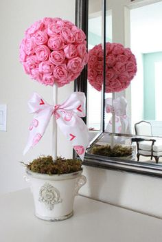 Valentines decoration rose topiary