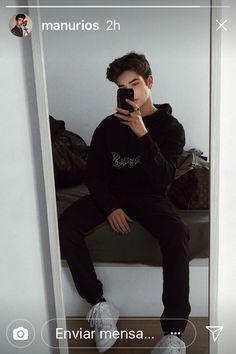 Teen posing adorable model