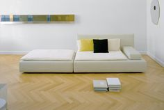 Modular sofa SHIRAZ in white by Philipp Mainzer and Farah Ebrahimi with beautiful herringbone floor. / www.e15.com #e15