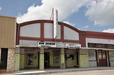 Arcadia Theater - Floresville -Historic 1920s movie theater offering 1st-run films on 3 screens, with weekend matinees.--1417 3rd St, Floresville, TX